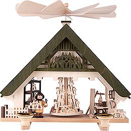 1 - stöckige Hauspyramide Kunsthandwerkerhaus grün  -  28cm