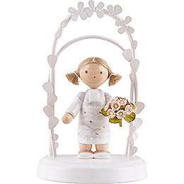 Flax Haired Children  -  Birthday Child with Roses  -  7,5cm / 3 inch