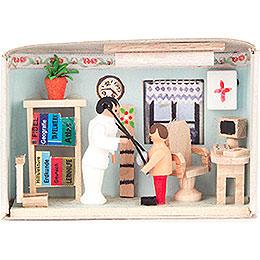 Matchbox  -  Doctor  -  4cm / 1.6 inch