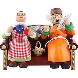 Räuchermännchen Oma und Opa auf Sofa  -  13cm
