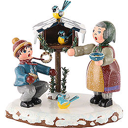 Winter Children Bird Feeding  -  9cm / 3,5 inch